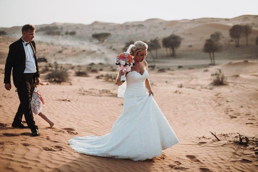 Wuestenhochzeit Brautpaarfotoshooting