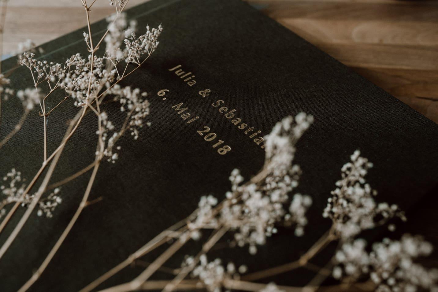 Fotobücher für Brautpaare vom Hochzeitsfotografen Sven Hebbinghaus